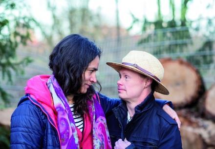 OHRENKUSS - Chefredakteurin Katja de Braganca und mit Achim; Foto: Britt Schilling mit freundlicher Genehmigung; Ohrenkuss.