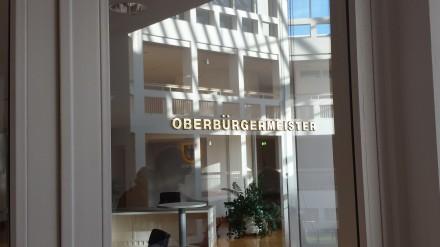 Auch diesmal blieb die Tür zu den Räumen des Oberbürgermeisters verschlossen und Ullrich Sierau unsichtbar; früheres Foto: C. - D. Stille
