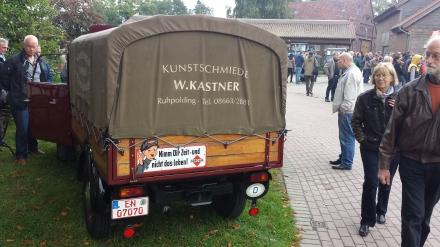 """Aufschrift auf Hinterteil des FRAMO: """"Nimm dir Zeit und nicht das Leben!"""". Bleibt aktuell."""