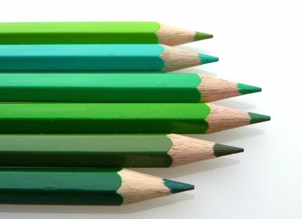 """Welches ist das richtige Grün? Die Basis fordert einen """"Neuaufbruch"""". Gelingt ein """"Anspitzen""""?; Foto: Dr. Klaus-Uwe Gerhard; via Pixelio.de"""
