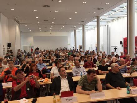 Über 250 Menschen kamen zur Konferenz nach Bochum ins Jahrhunderthaus.