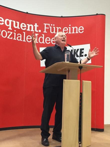 Oskar Lafontaine während einer Rede in Bochum; Fotos: Niels Schmidt via flickr.com