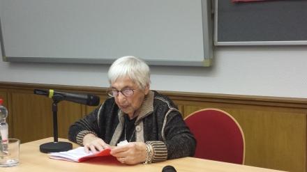 Auch die Auschwitz-Überlebende Esther Bejarano ist auf dem Pressefest vertreten. Sie wird mit der Microphone Mafia auftreten; Foto: Archiv Claus-D. Stille