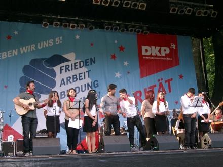Einer der Höhepunkte des Festes: Grup Yorum aus der Türkei; Fotos: C.-D. Stille