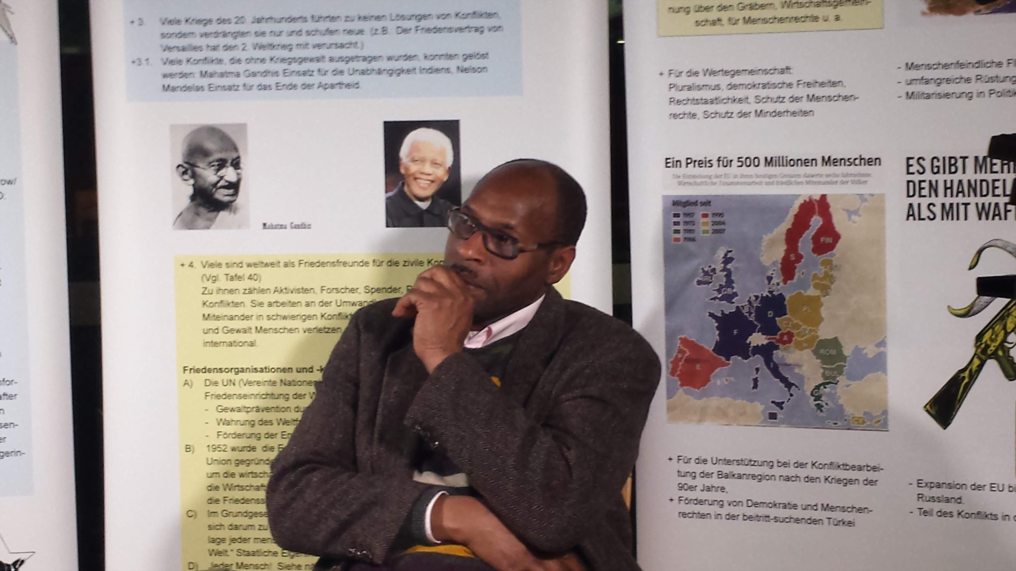 Der Journalist und Menschenrechtsaktivist Peter Donatus. Fotos: C.-D. Stille